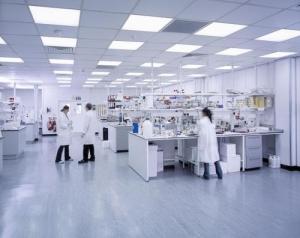 实验室装修中实验台的主要作用?